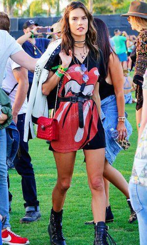 Alessandra Ambrosio, look rocky