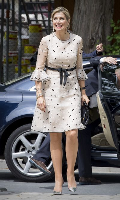 La Reina Máxima de Holanda luce uno de sus vestidos favoritos