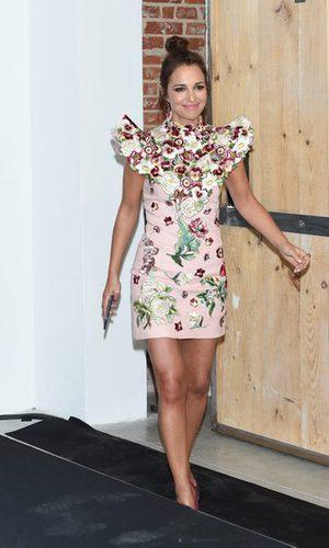 Paula Echevarría opta por un vestido floral