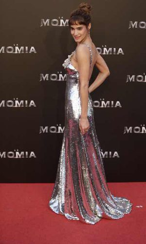 Sofia Boutella no quiere pasar desapercibida
