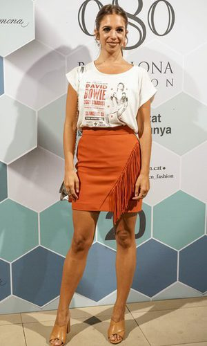 Elena Furiase apuesta por el naranja