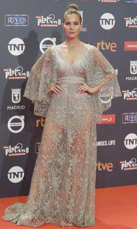 Natalia Sánchez deslumbra con vestido de joyería