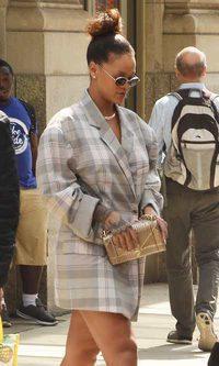 Para Rihanna todo puede ser un vestido