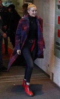 El maxi abrigo de Gigi Hadid