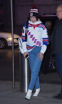 Bella Hadid se suma a la tendencia 'twinning'