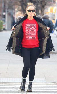 El jersey navideño de Olivia Wilde