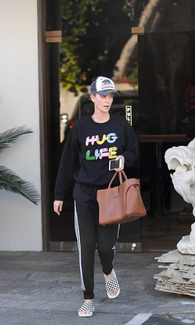 Charlize Theron y su look desafortunado