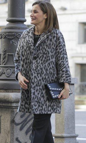 La Reina Letizia saca matrícula de honor con un look