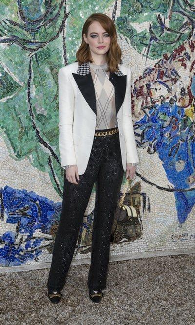 Emma Stone, look sofisticado