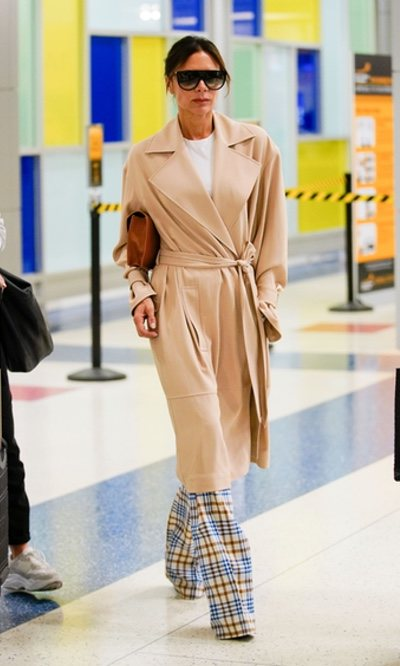 El estilo pijamero de Victoria Beckham
