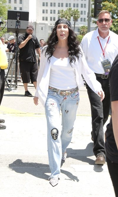 El look pirata de Cher