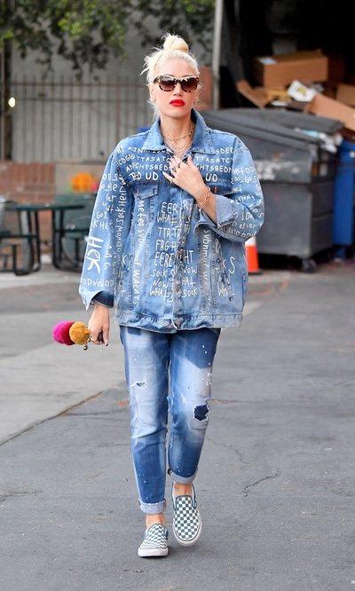 Gwen Stefani apuesta por un look tejano