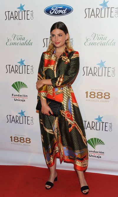 Miriam Giovanelli, look deslumbrante