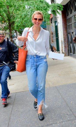 Maggie Gyllenhaal con mucho estilo