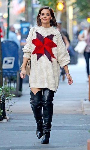 Katie Holmes y sus botas XL