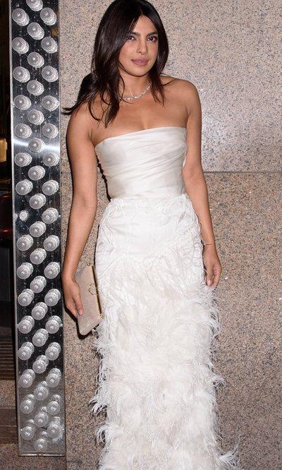 El 'vestido de novia' de Priyanka Chopra