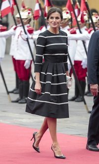 La Reina Letizia triunfa con las rayas