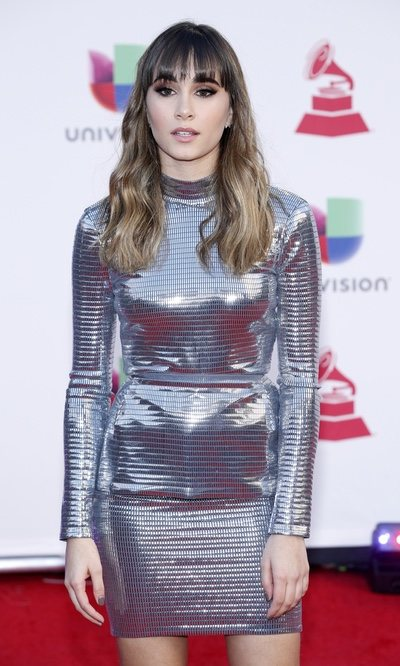 El look metálico de Aitana Ocaña