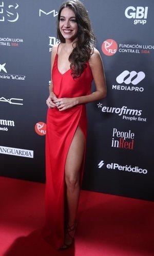 El sexy vestido de satén de Ana Guerra