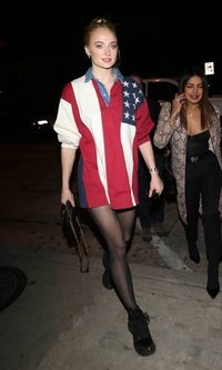 Sophie Turner muy patriota