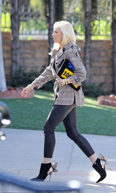 Gwen Stefani y sus botines con alas
