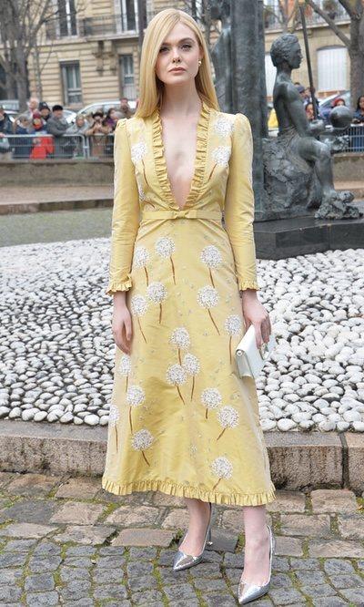 Elle Fanning, un look dulce y elegante