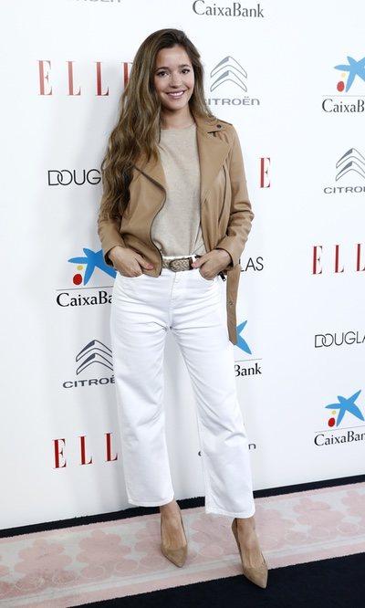 Malena Costa con su look más desenfadado