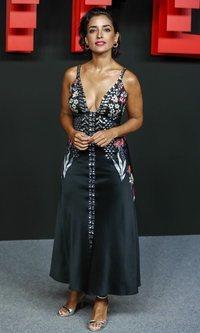 Inma Cuesta apuesta por un vestido muy veraniego (a pesar del tiempo)