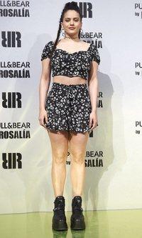 Rosalía marca su estilo con el conjunto más veraniego