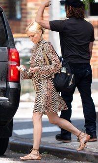 Diane Kruger mantiene el animal print para el verano