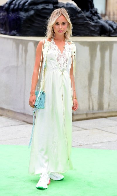 El lookazo de Lady Amelia Windsor, una royal que no lleva tacones
