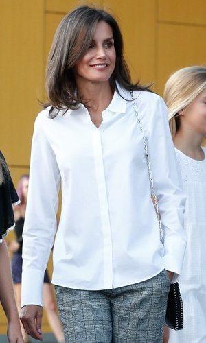 Letizia y su look más informal y minimalista
