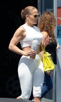 El perfecto look de Jennifer Lopez para entrenar