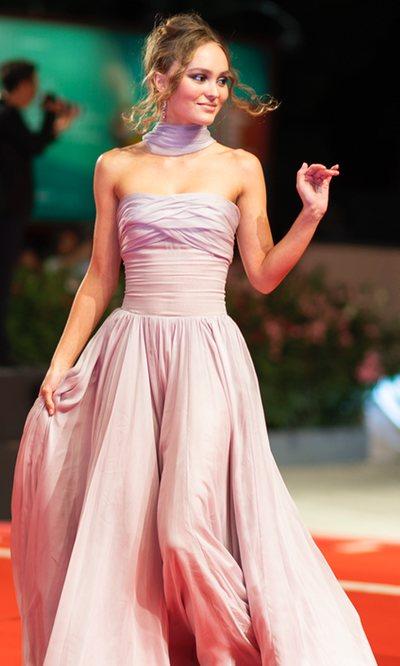 Lily-Rose Depp, la diosa griega aterrizada en Venecia