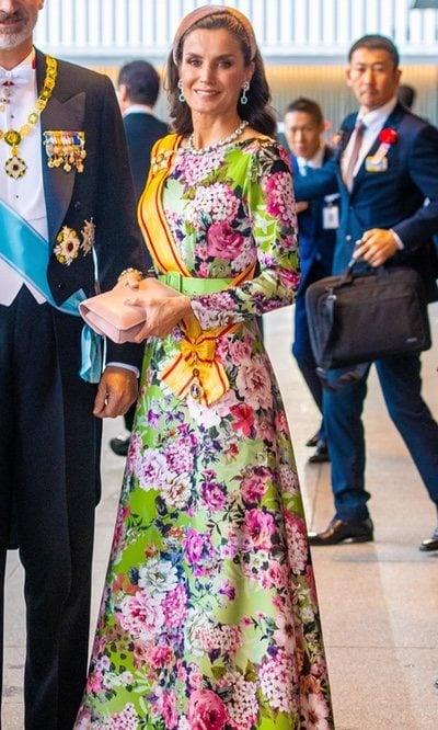 La Reina Letizia derrocha estilo con un vestido de lo más andaluz