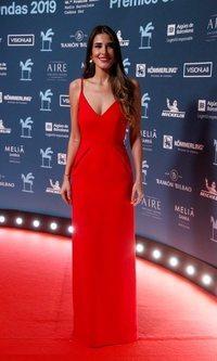 Lidia Torrent tiene el vestido rojo perfecto para la noche