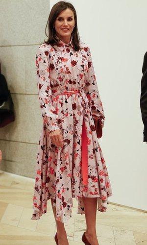 El vestido floral de Reina Letizia perfecto para el otoño