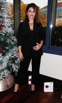 Mónica Cruz y el dos piezas más sexy para esta Navidad