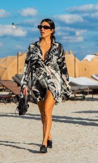 Kourtney Kardashian: elegante hasta en la playa