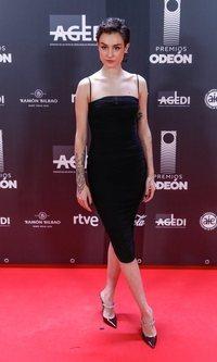 La acertada sencillez de Natalia Lacunza en los Premios Odeón 2020