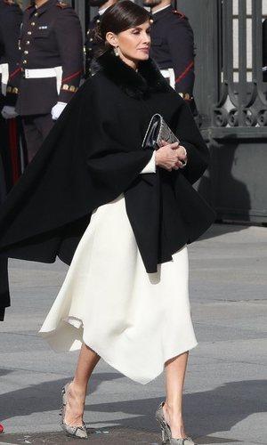 La Reina Letizia, una enamorada más del estampado de serpiente