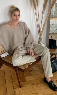 'Sweater my body', la tendencia más cómoda de Caroline Daur para estar en casa