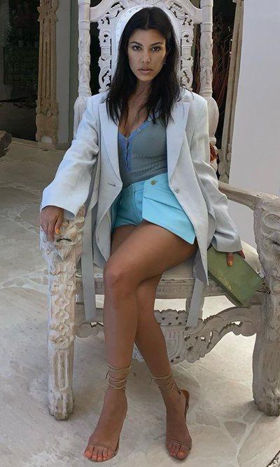 Kourtney Kardashian y su oda a Jaquemus