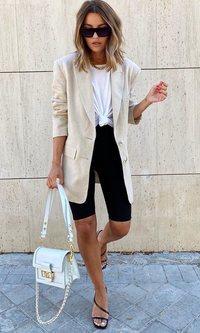 Alexandra Pereira asegura que las mallas siguen estando de moda
