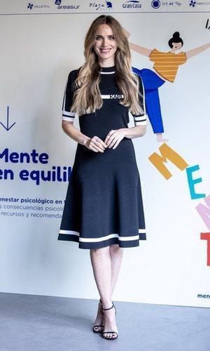 El vestido de Vanesa Romero que queda igual de bien con sandalias que con deportivas