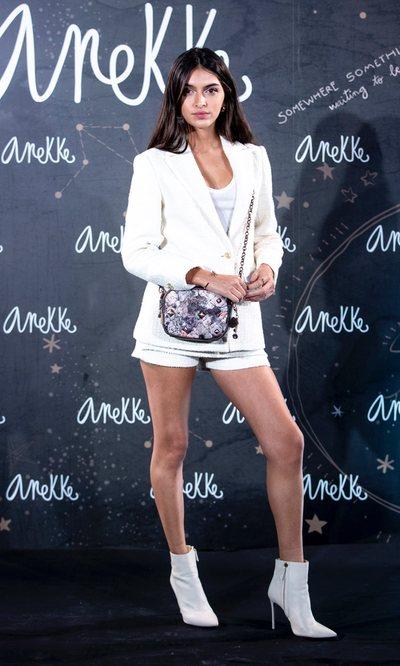 Lucía Rivera tiene en traje de tweed blanco ideal