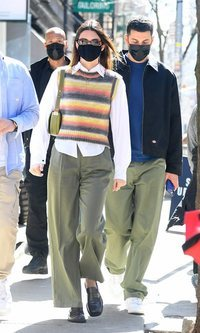Kendall Jenner aúna todas las tendencias de la temporada en un mismo look