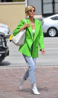 Heidi Klum apuesta por uno de los colores de este verano