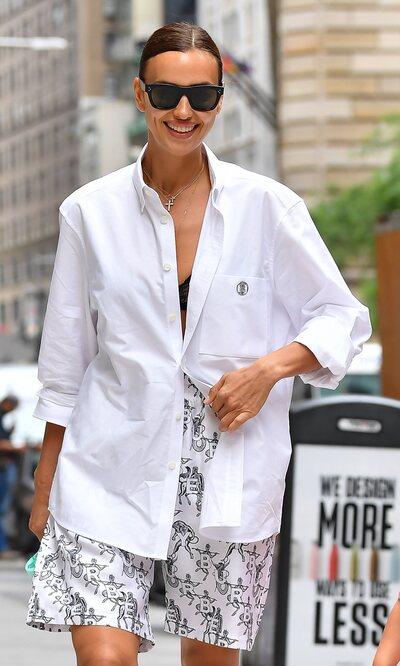 Irina Shayk apuesta por el look estilo 'confinamiento' firmado por Burberry